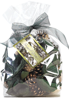 Holiday Homecoming - 3 qt. Sugared Spruce Potpourri